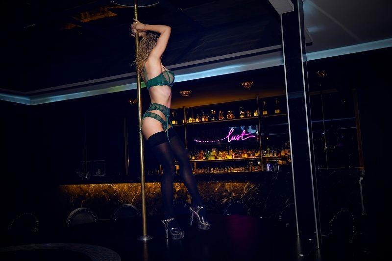 April 1 - Gentlemans club canberra